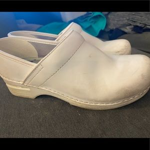 Dansko white shoes